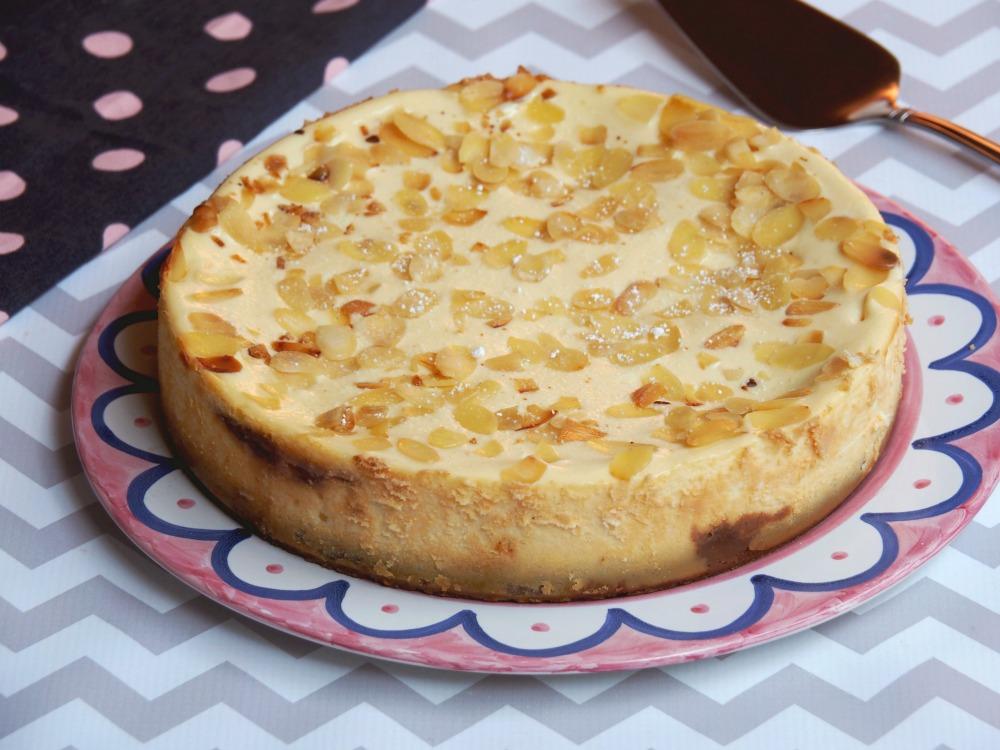 baked bakewell cheesecake 8