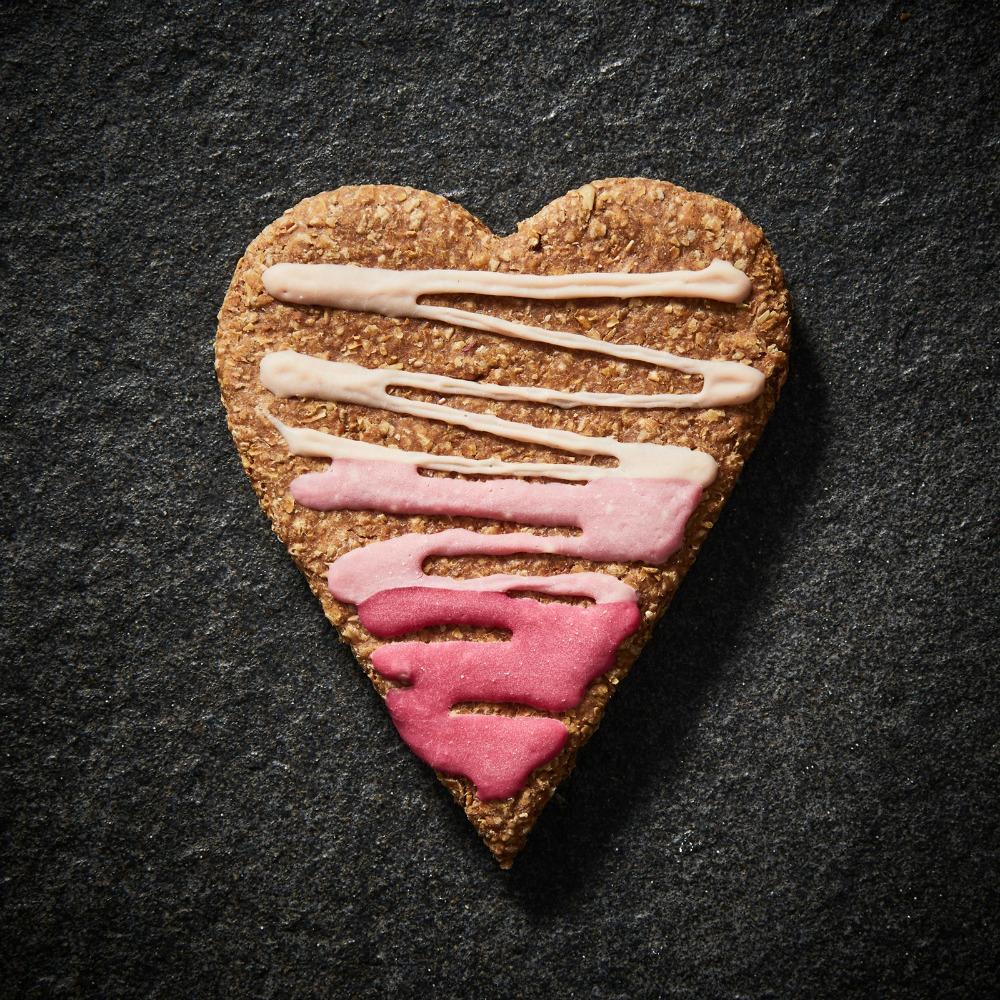 pawdinkum valentines biscuit