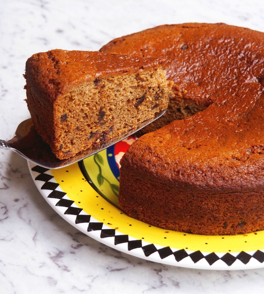 Date and ginger cake 4