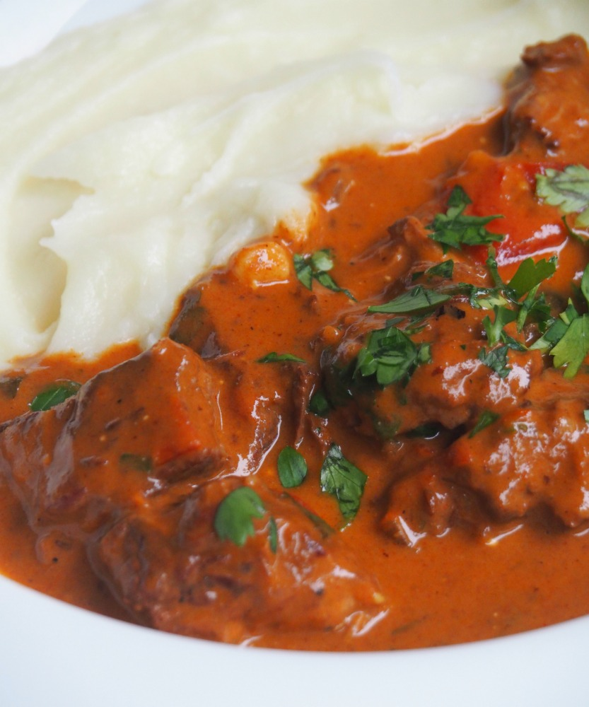 slow cooker beef goulash plate