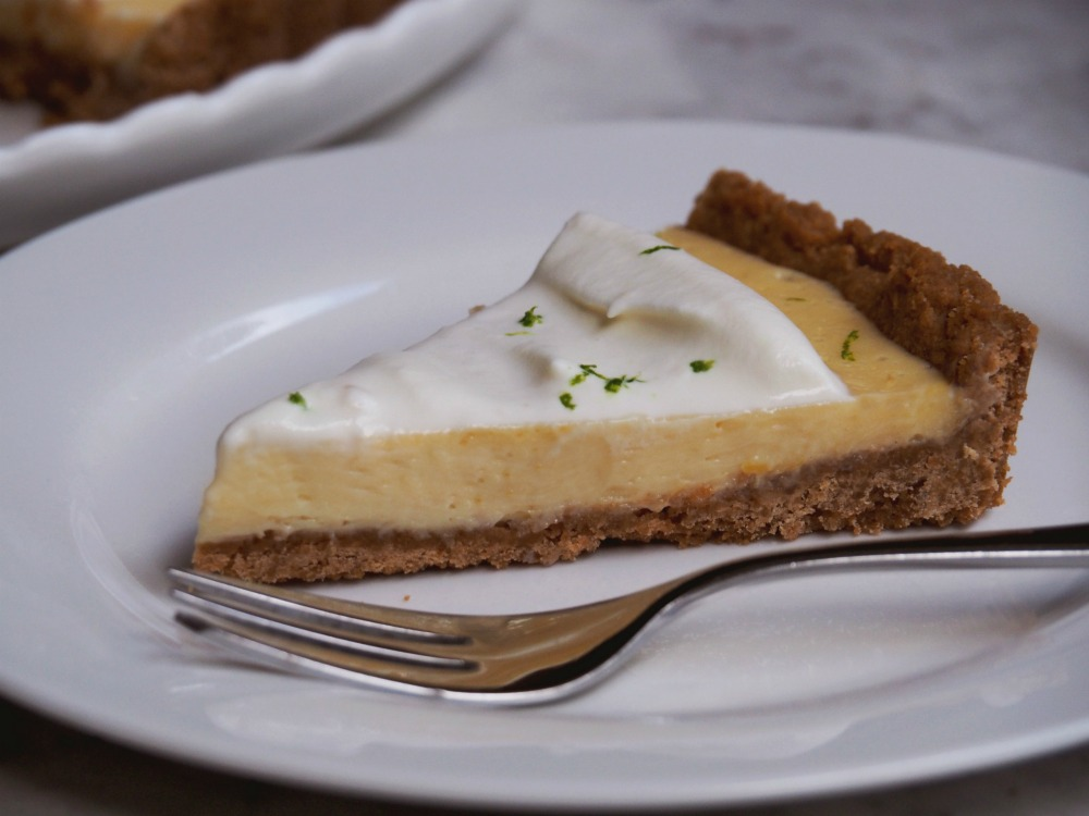 easy key lime pie slice