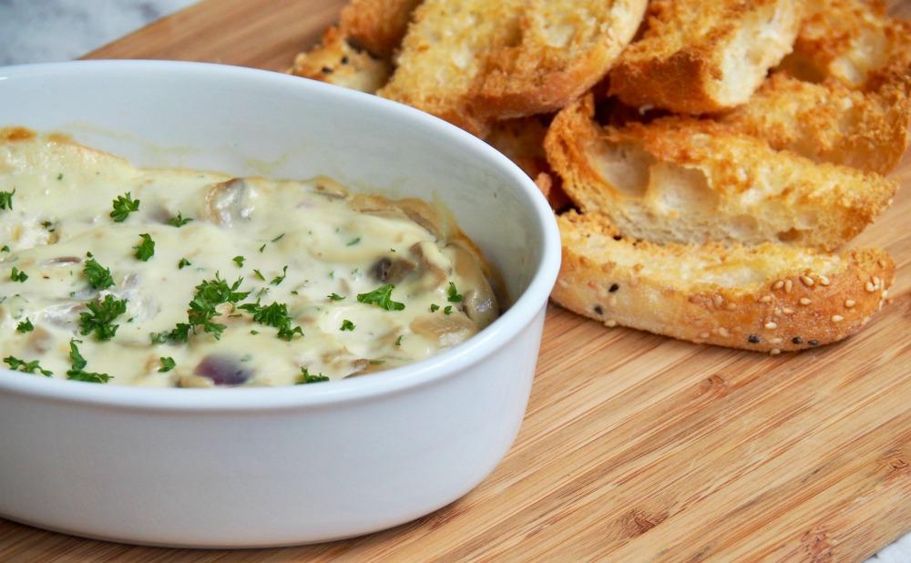 baked ricotta mushroom dip with breadsticks