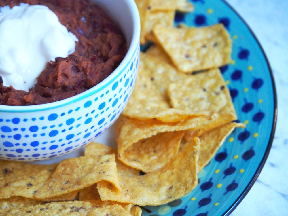 warm mexican bean dip with tortilla chips
