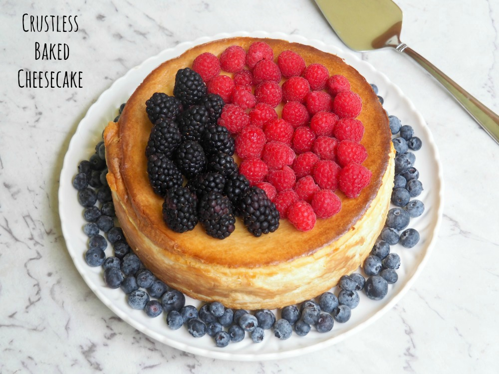 crustless cheesecake topped with blackberries and raspberries