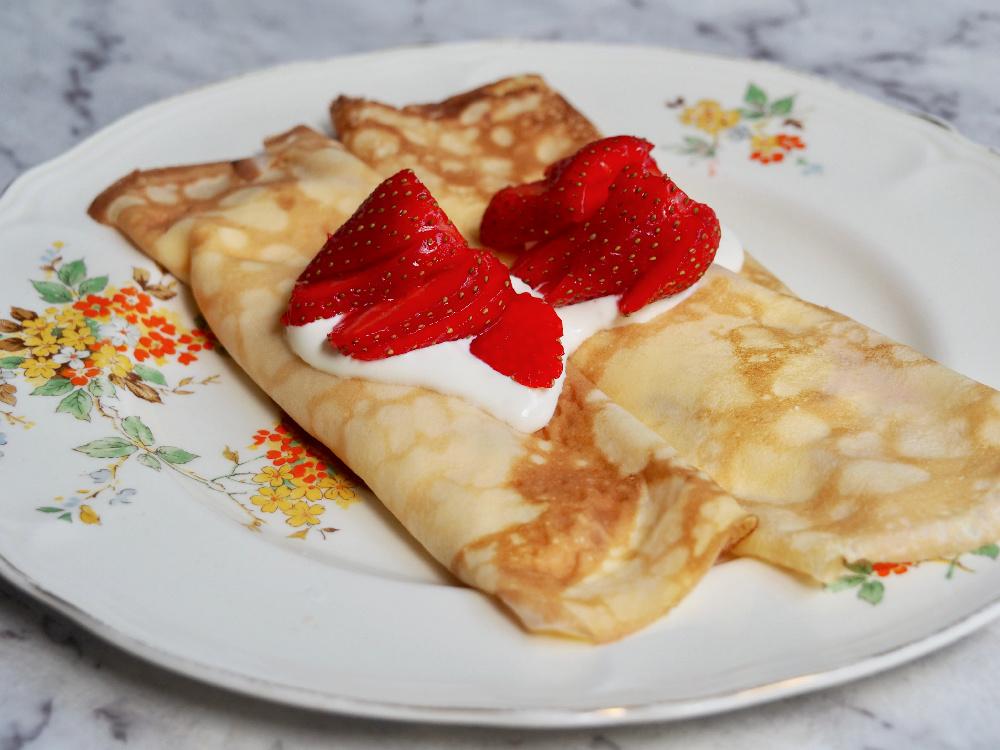 strawberry sour cream crepes plate