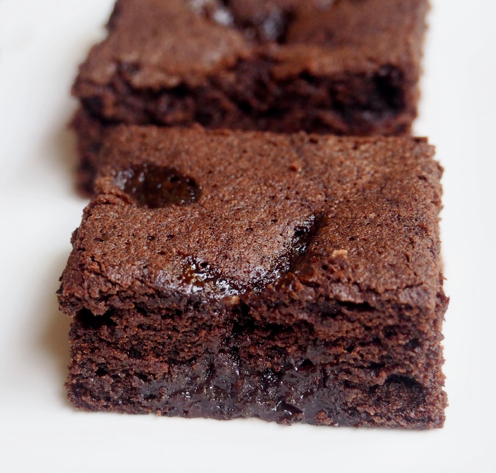 looking close up at a jam puddle brownie