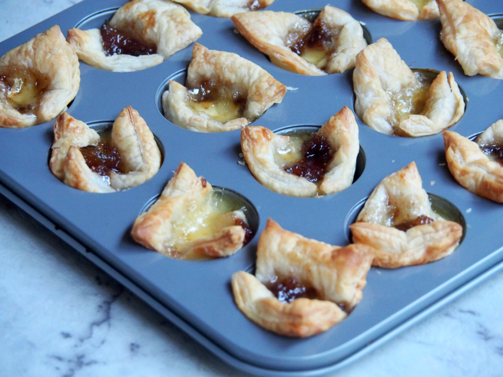 tray of brie and fig jam bites