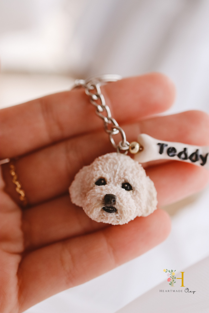 heartmade clay oodle keyring